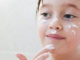 不洗脸对皮肤好是真的吗?皮肤医生告诉你答案